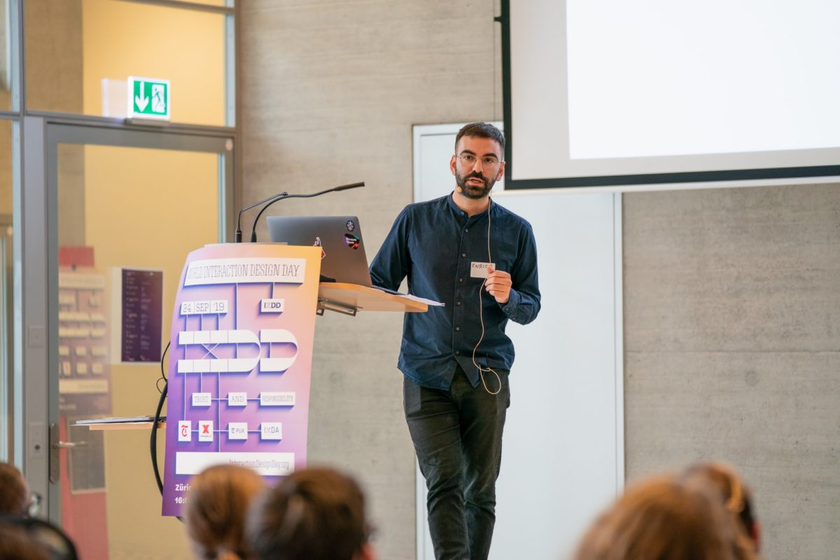 World Interaction Design Day 2019 – Enrico Furfaro (Senior UX Designer at Zattoo) about «Trust me, I'm a designer»